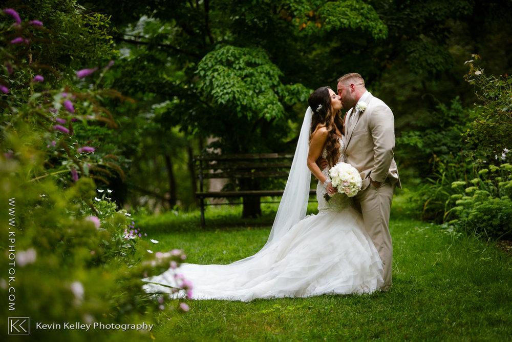 Anthonys-ocean-view-wedding-2003.jpg