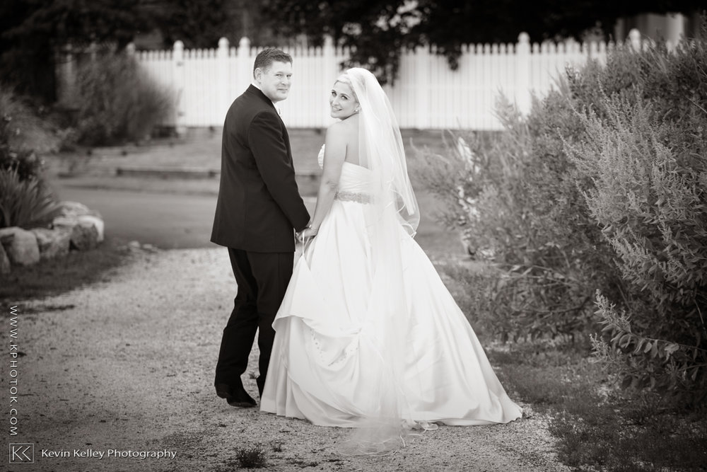 Christy&Jarrett-Shorehaven-golf-country-club-wedding-norwalk-ct-2005.jpg