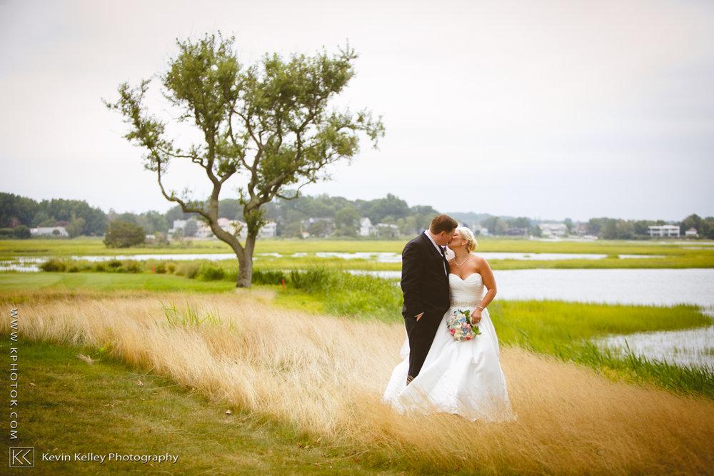 Christy&Jarrett-Shorehaven-golf-country-club-wedding-norwalk-ct-2006.jpg