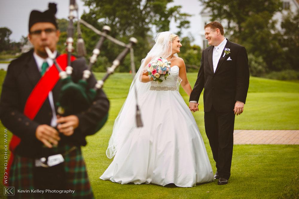 Christy&Jarrett-Shorehaven-golf-country-club-wedding-norwalk-ct-2007.jpg