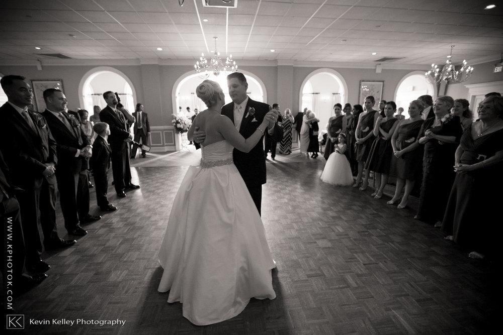 Christy&Jarrett-Shorehaven-golf-country-club-wedding-norwalk-ct-2008.jpg