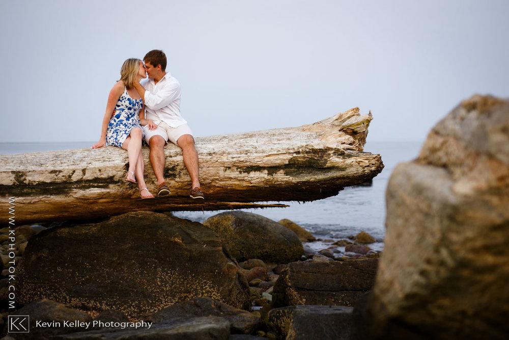 Hammonasset-state-park-engagement-wedding-meghan-charlie-2048.jpg