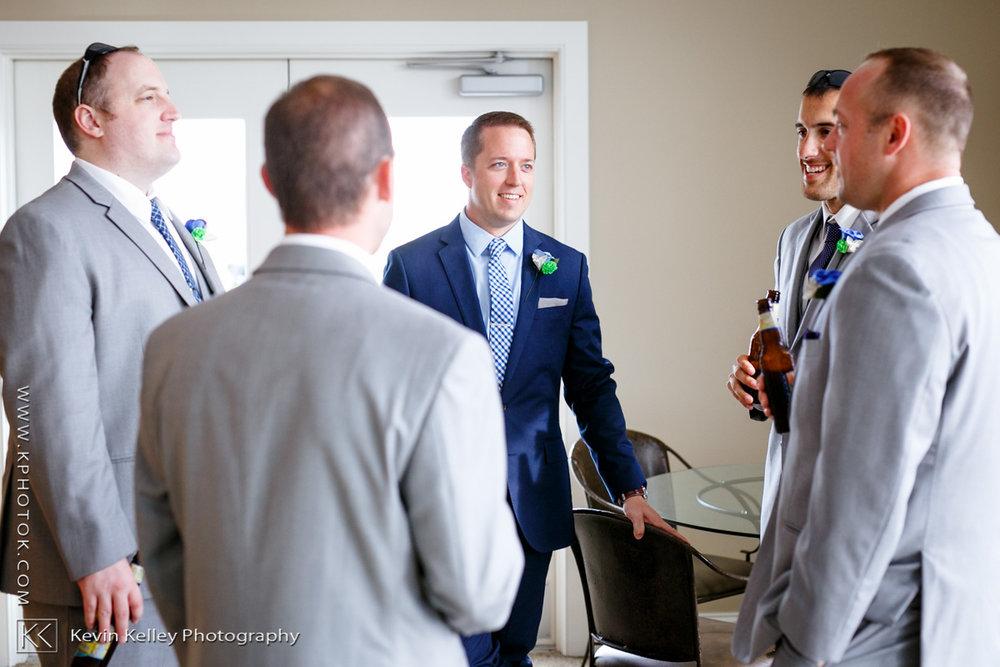 guilford-yacht-club-wedding-photography-stephanie-kevin-2011.jpg