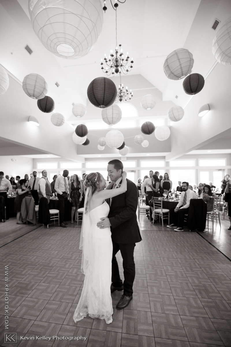 guilford-yacht-club-wedding-stephanie-kevin-2005.jpg