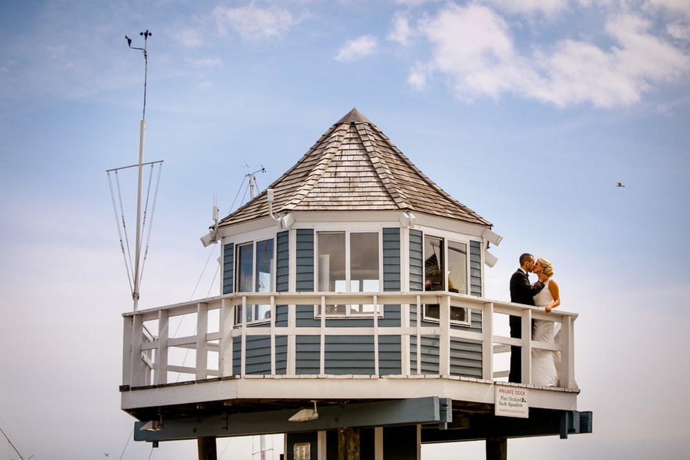 Pine-orchard-yacht-club-wedding-laura-ernesto-2012.jpg