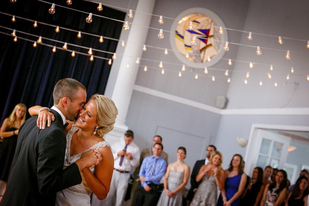 Pine-orchard-yacht-club-wedding-laura-ernesto-2020.jpg