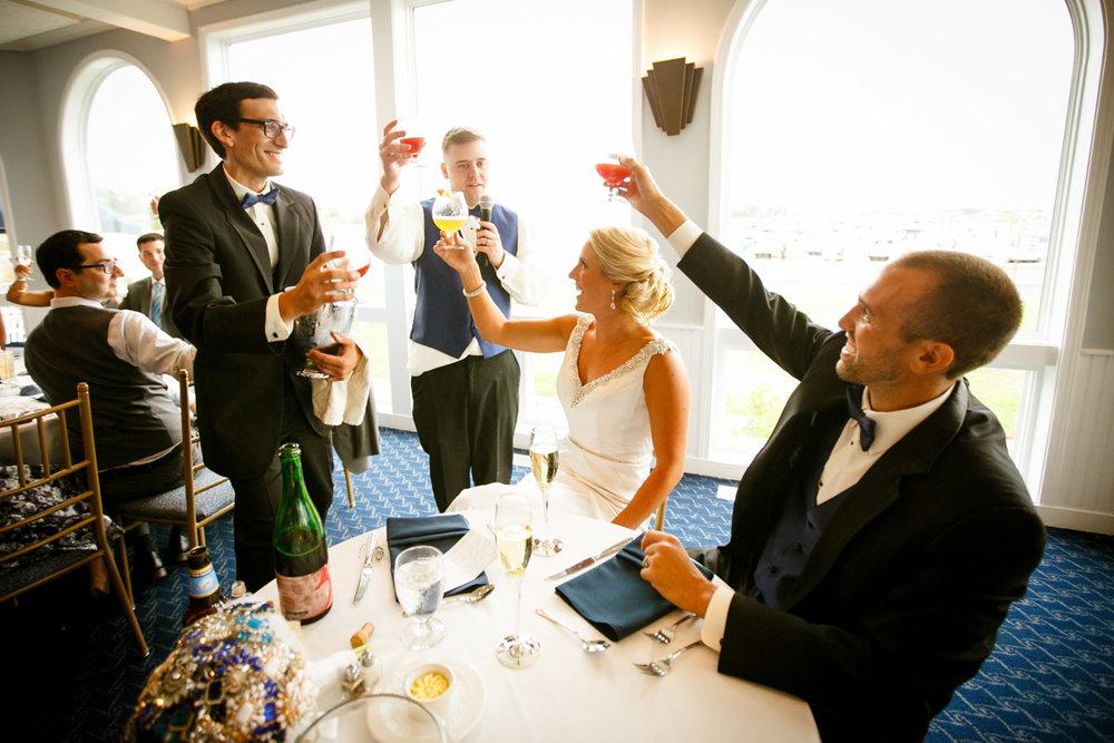 Pine-orchard-yacht-club-wedding-laura-ernesto-2022.jpg
