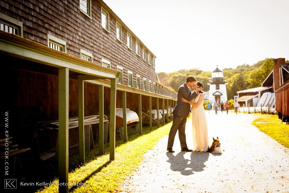 mystic-seaport-boat-shed-wedding-photos-2005.jpg