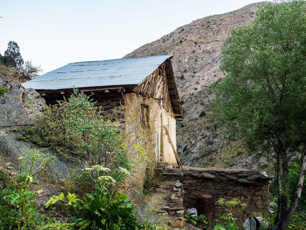 valley-of-the-assassins-iran-alamut-wooden-house.jpg