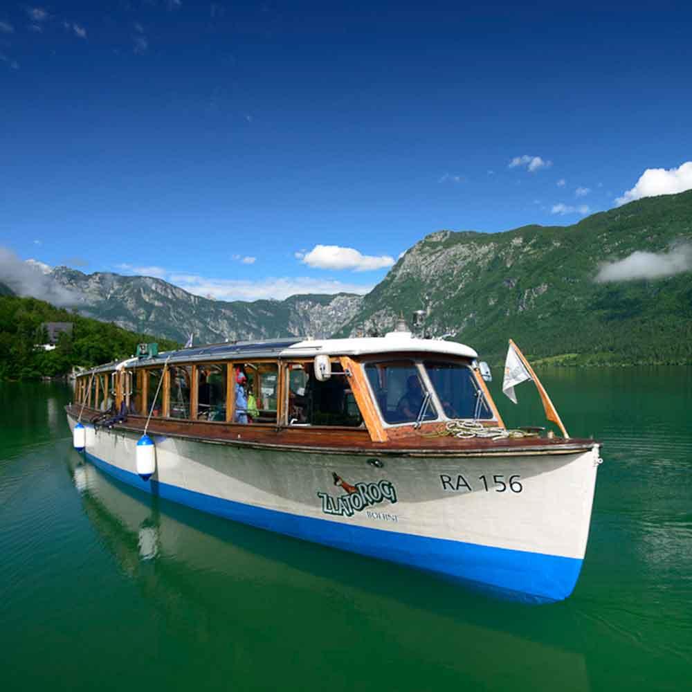 Lake-Bohinj-Slovenia-Boat.jpg