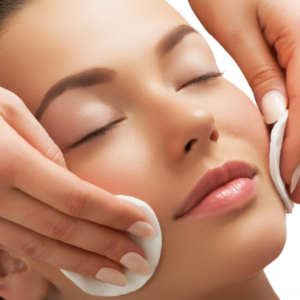 5 Things You Should Know About Facials 600x600 (1)