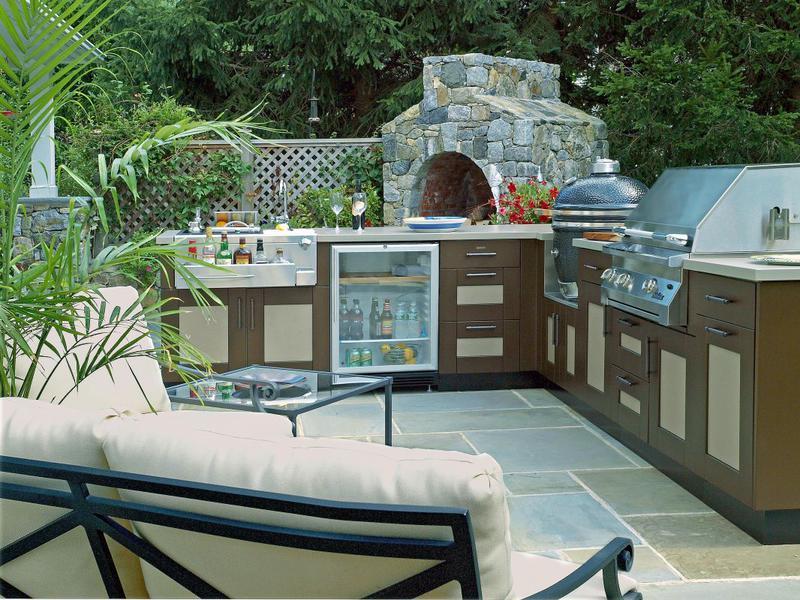 home-outdoor-kitchens.jpg