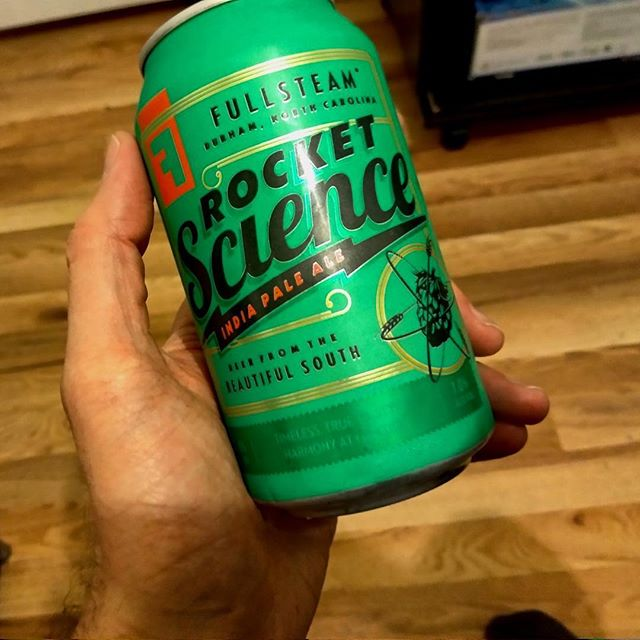No rocket science required for this accessible, safe American #IPA. #beer #craftbeer #fullsteambrewery #ncbeer #beerreviews #hops https://bit.ly/2HYpGdZ