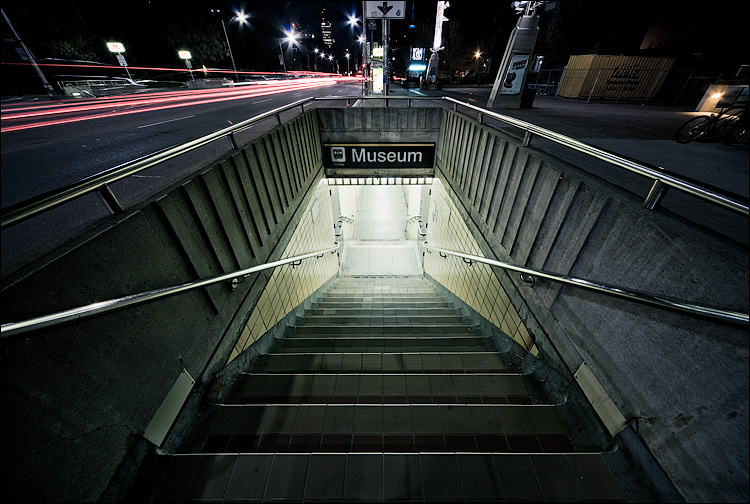 museum_night_subway_stairs.jpg