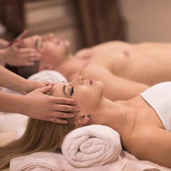 massage2_1080x.jpg