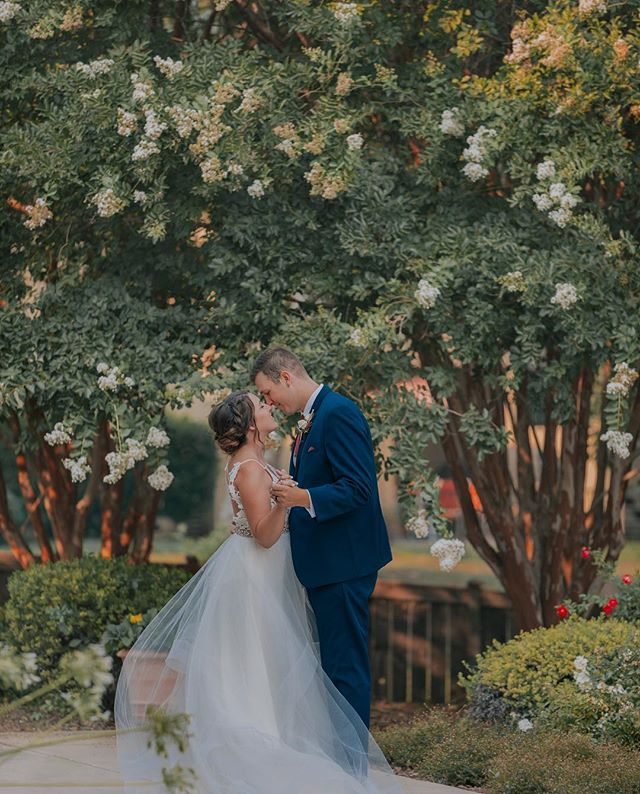 You will forever be my always ❤️ Congratulations to Alyssa and Zeb on their beautiful wedding! 💍 . . . . . .  #LakesidePavilion #WeddingPhotography #ChicoWeddingPhotographer #ChicoCa #CaliforniaWedding #ChicoWeddingPhotography #ChicoWeddingVideography #ChicoWedding #ReddingWedding #BelovedStories #BestWeddingCalifornia #BayAreaWeddingPhotography #BayAreaWedding #ChicoWeddingDress #WeddingPhotographyChico