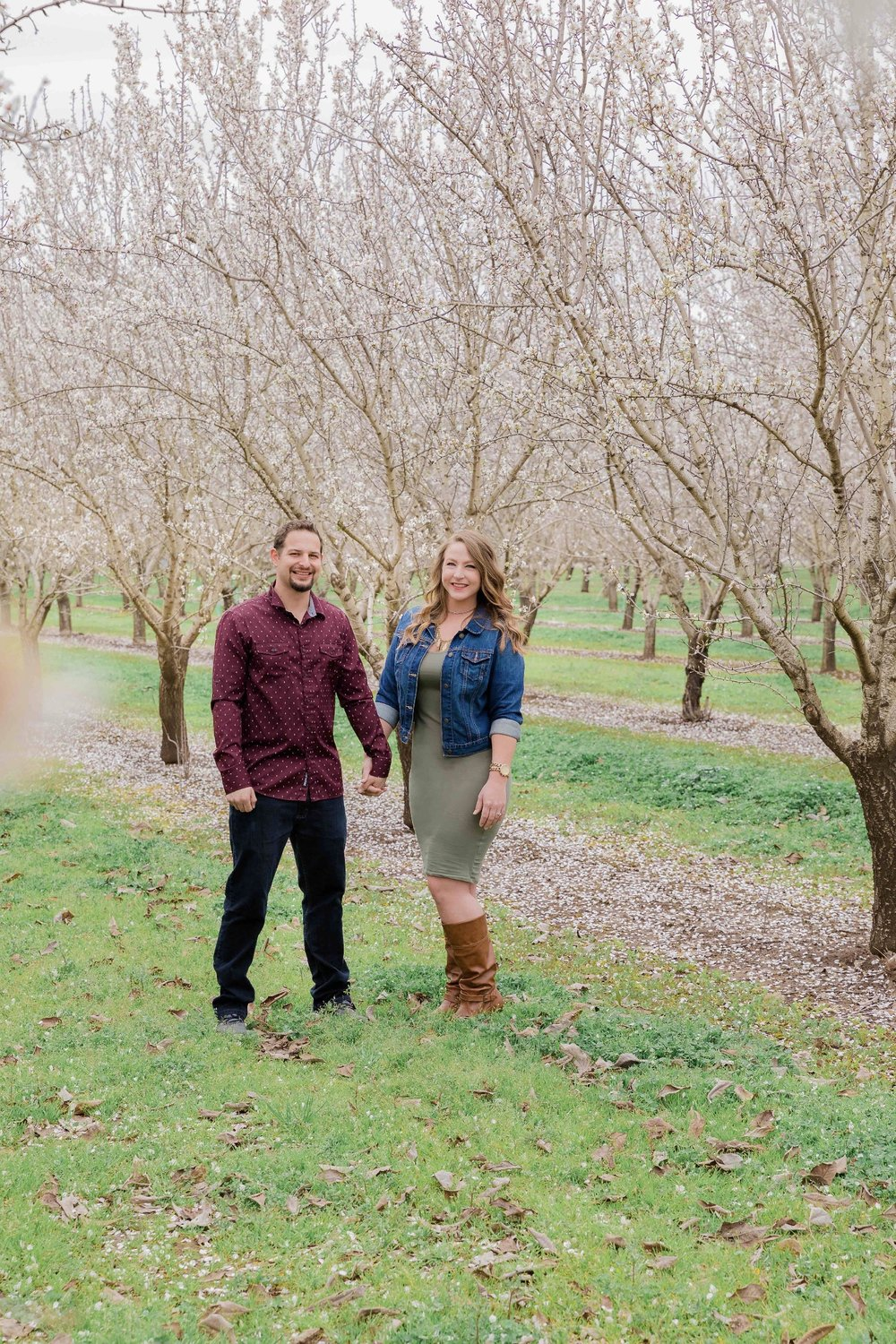 Chico blooming orchards engagement photos17.jpg
