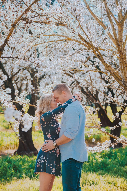 Engagement-photoshoot-chico-sacramento-blooming-orchard4-3.jpg