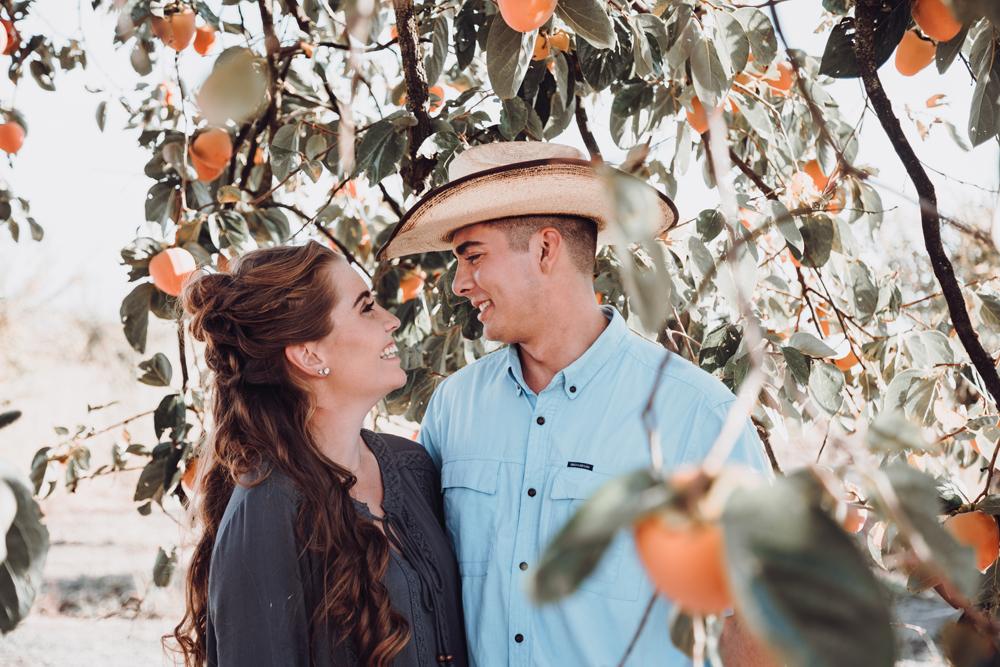 Couple-photoshoot-chico-live-oak-ranch4.jpg