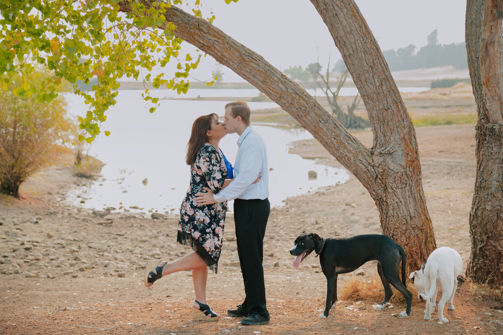 Chico-ca-engagement-photographer-with-dogs-Engagement-05.jpg