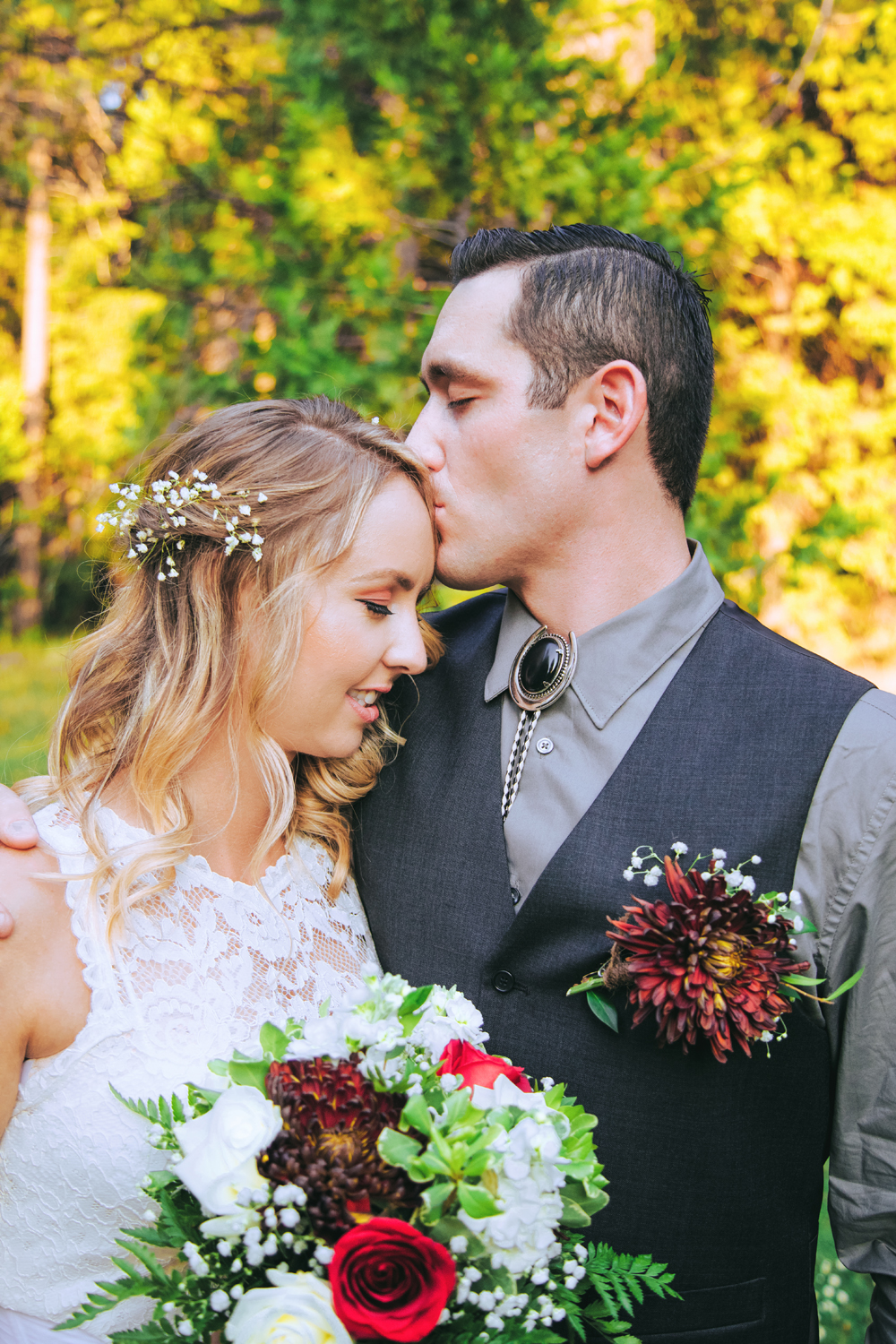 Rustic-Forest-Country-Wedding-Chico-CA323-3.jpg
