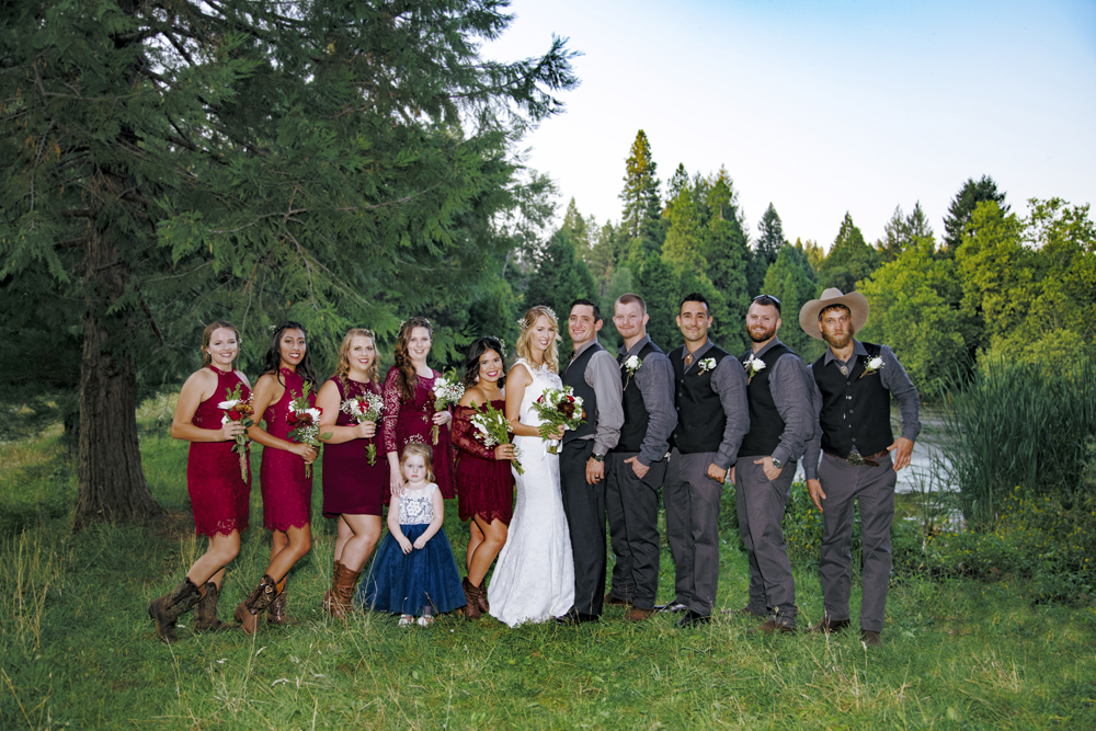 1Rustic-Forest-Country-Wedding-Chico-CARustic-Forest-Country-Wedding-Chico-CA.jpg