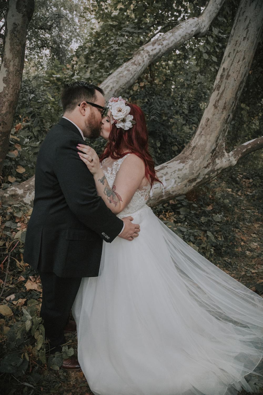 1Wedding-photographer-at-Creekside-Rose-Garden-Chico-CA4.jpg