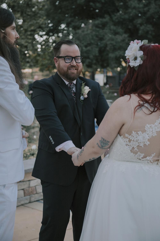 Wedding-photographer-at-Creekside-Rose-Garden-Chico-CA9Wedding-photographer-at-Creekside-Rose-Garden-Chico-CA.jpg