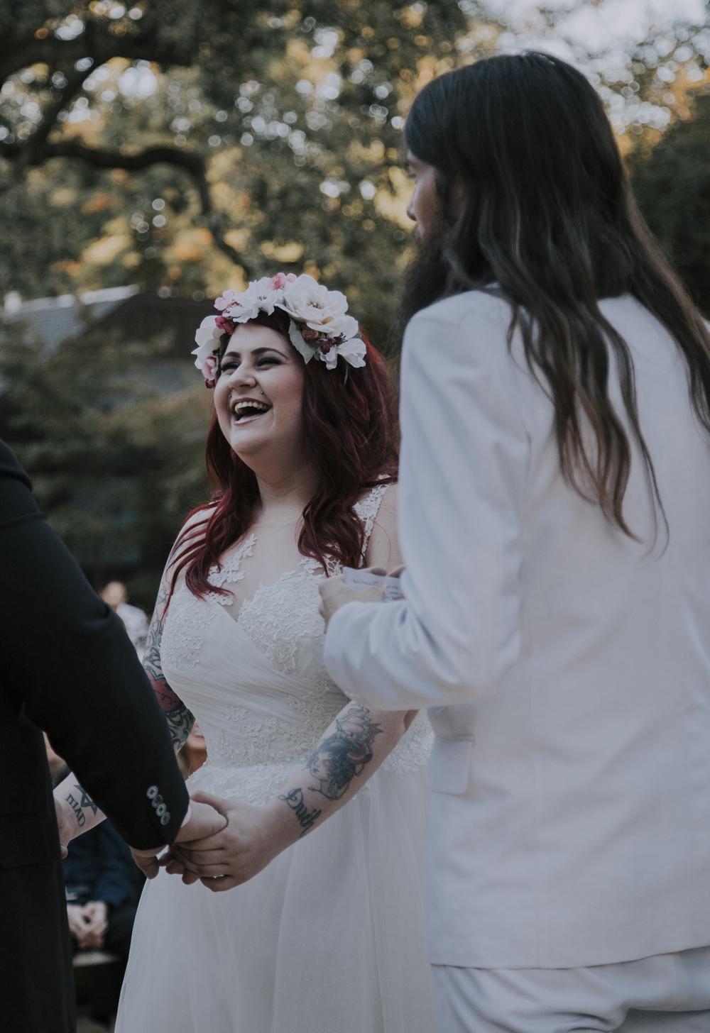 Wedding-photographer-at-Creekside-Rose-Garden-Chico-CA91.jpg