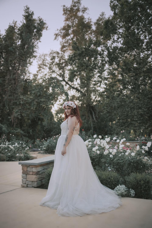 Wedding-photographer-at-Creekside-Rose-Garden-Chico-CAWedding-photographer-at-Creekside-Rose-Garden-Chico-CA9-3-2.jpg