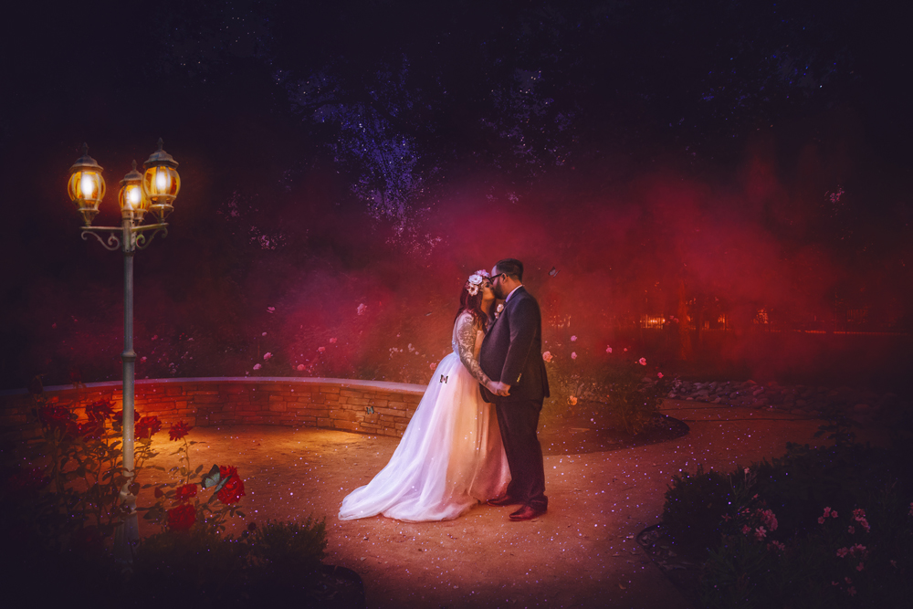 Wedding-photographer-at-Creekside-Rose-Garden-Chico-CA9Wedding-photographer-at-Creekside-Rose-Garden-Chico-CA-2.jpg
