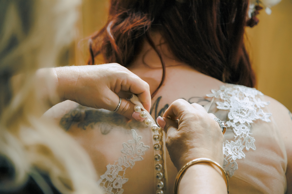 Wedding-photographer-at-Creekside-Rose-Garden-Chico-CA57.jpg