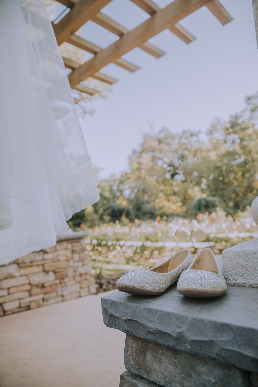 Wedding-photographer-at-Creekside-Rose-Garden-Chico-CA44.jpg