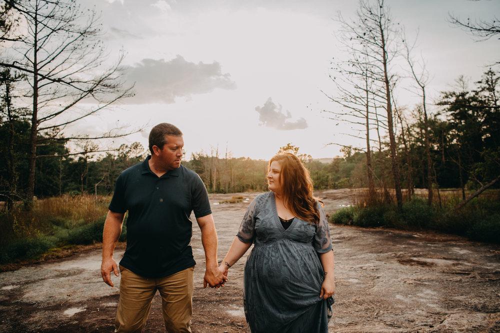 Best maternity photographers, maternity photography, arabia mountain