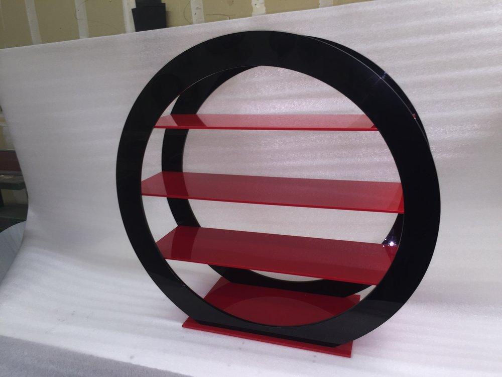 Oval Display 1.jpg