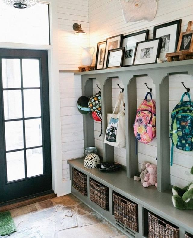 Wall organizers are a great way to keep your mud room neat and tidy! What other ways do you avoid a hefty clean up? 🛍️👟🧥👜 . . .  #towsleyrenovations #house #home #exterior #renovations #reno #homerenos #windsorreno #yqgreno #yqgrenovations #windsor #tecumseh #lasalle #essex #amherstburg #lakeshore