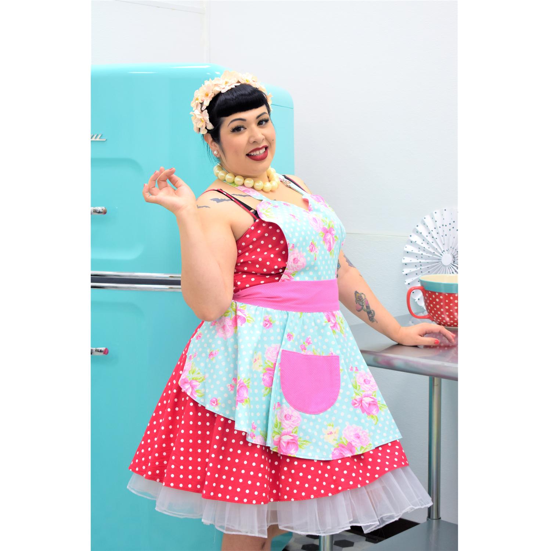 Flower print apron Cooking apron Retro apron Womens aprons Aprons with pockets Kitchen apron Full apron woman Aprons for women