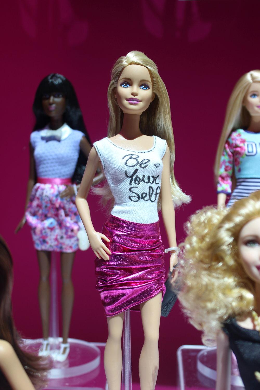 Barbies_3.jpg