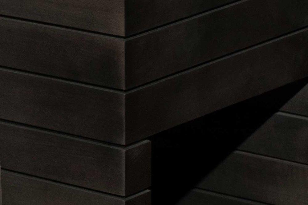 03_side-lithos_black_detail.jpg