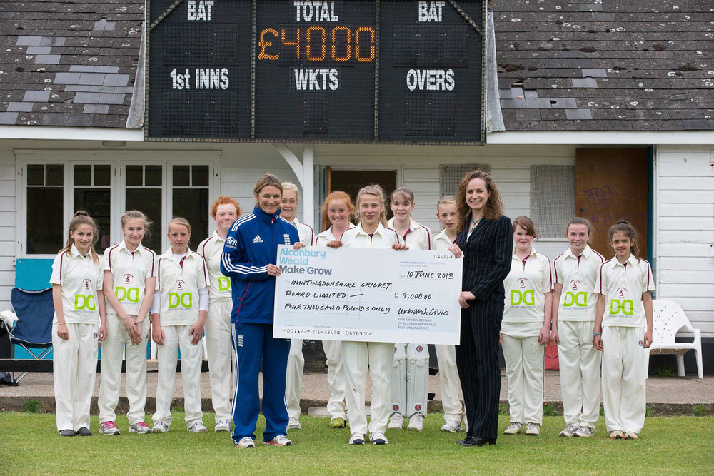 Sponsorship Deal For Hunts Girls Cricket Club.