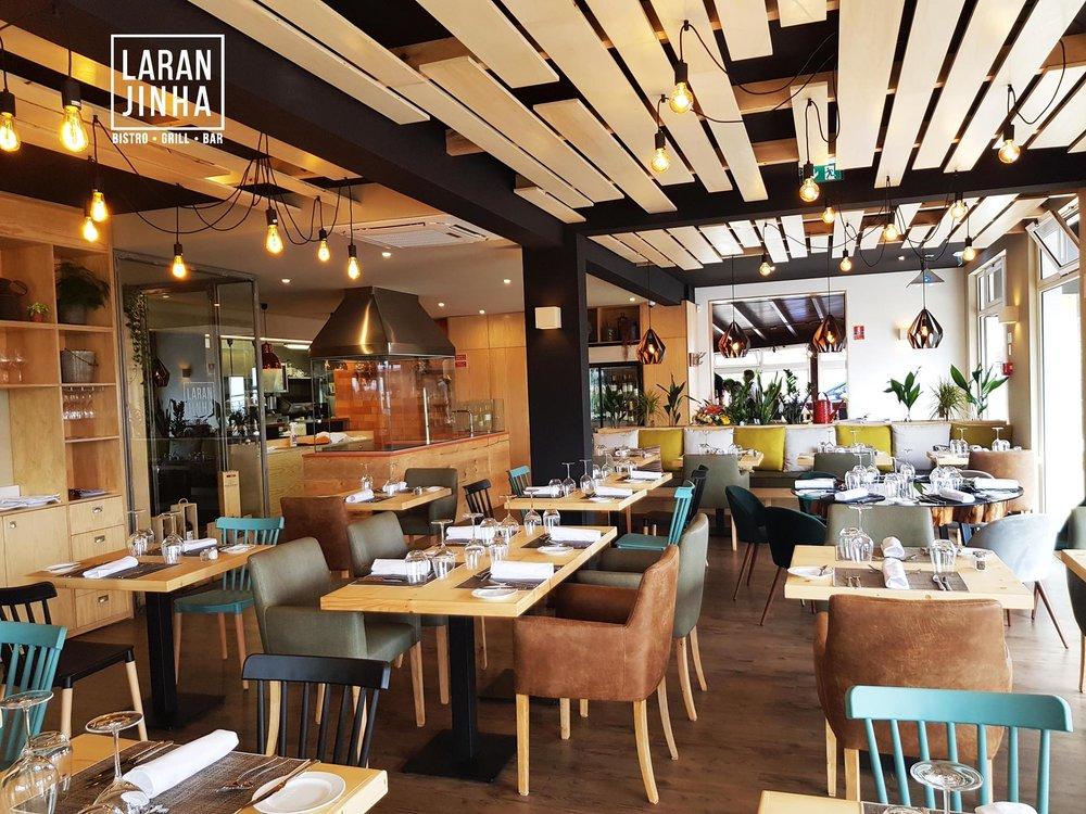 Laranjinha Bistro | Madeira  Um espaço moderno, renovado recentemente, com um menu surpreendente para apreciadores de boa comida.