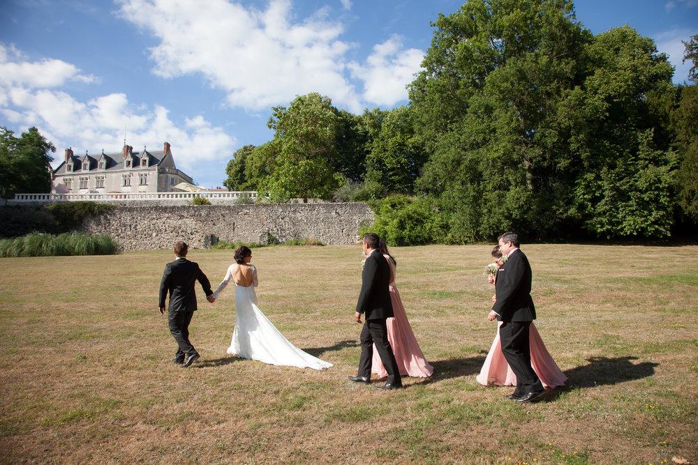 Sarah & Stéphane @ Loire Valley, France - WeddingsOnline