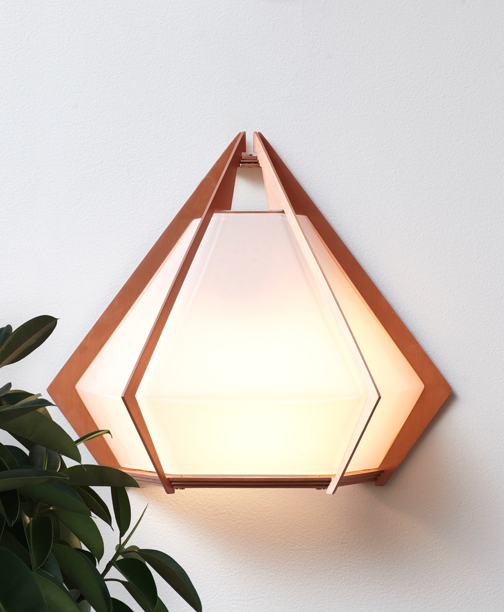 HARLOW-Wall-Sconce-Copper-Alabaster-2-green-web.jpg