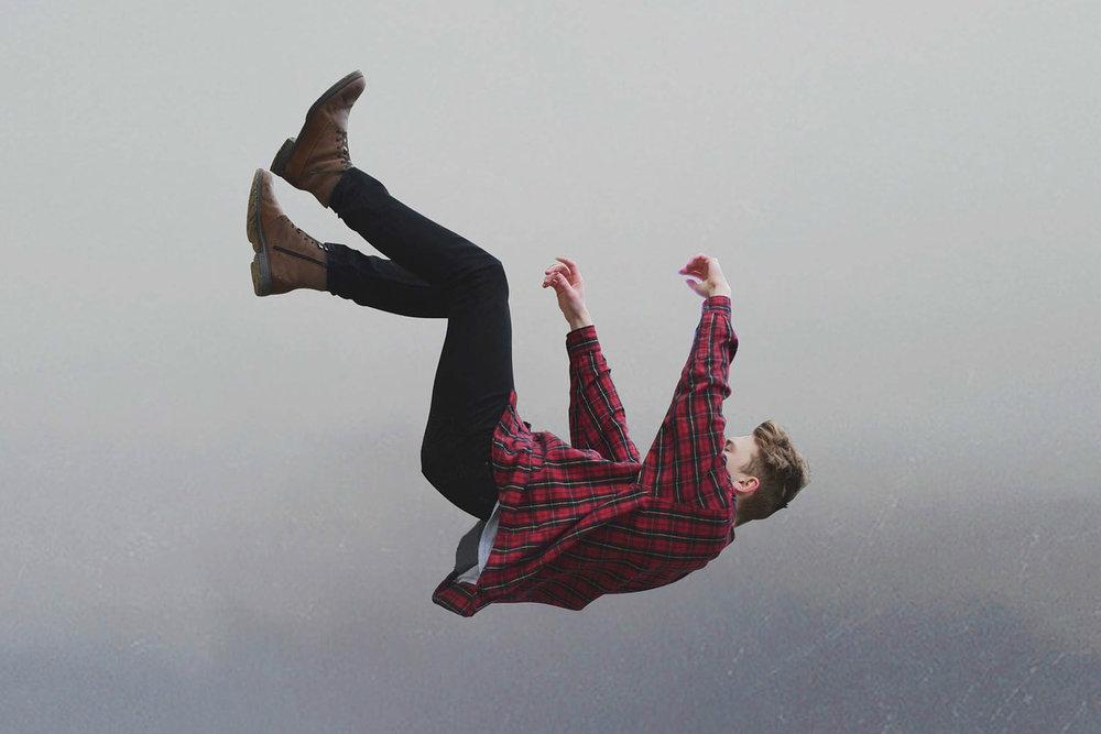 fallingsn.jpg