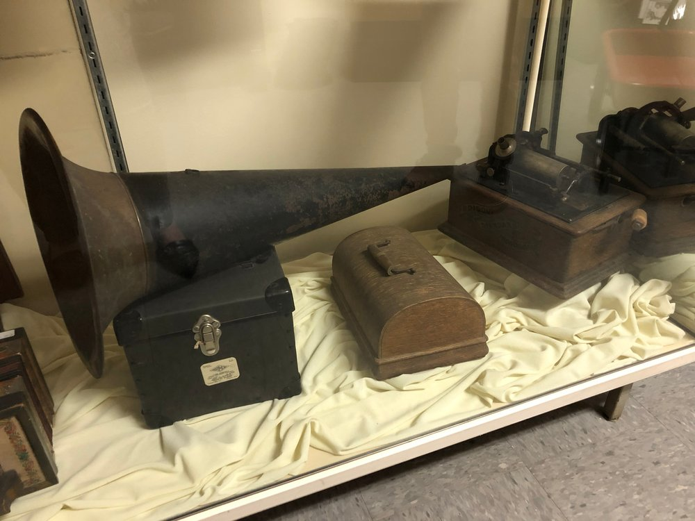Edison Standard Phonograph, probably from the late 1800s