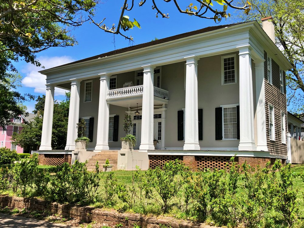 Collier-Overby House, 1820s … Photo by Caroline Pugh
