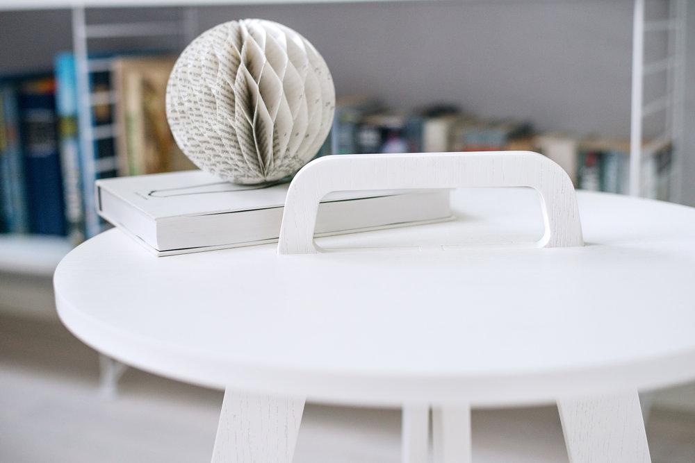 Element No.1 Table White_02 Simo Lahtinen.jpg