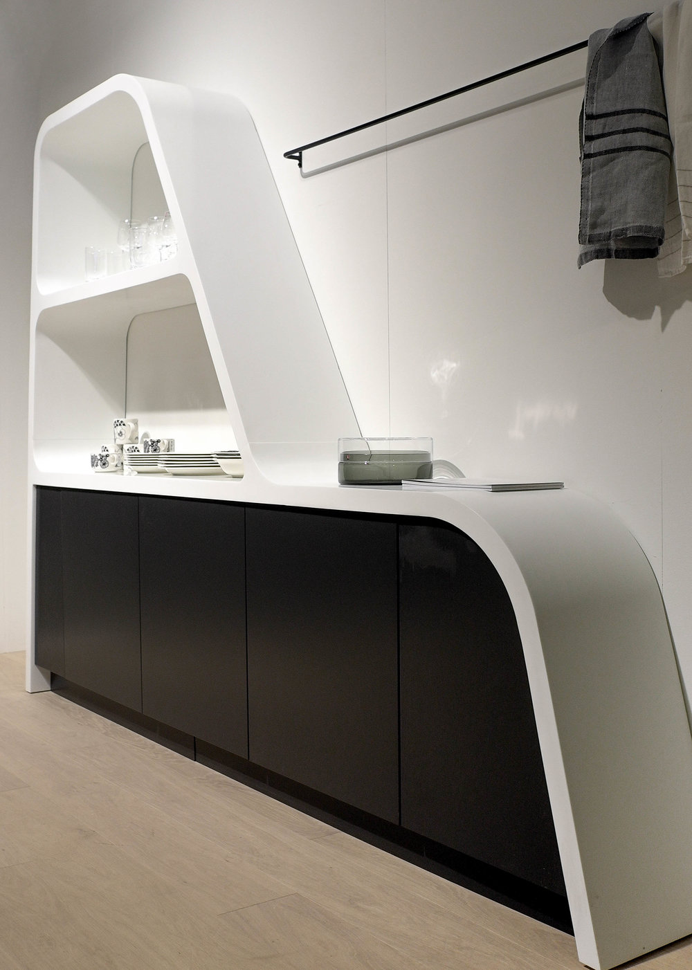 Lahdeke shelf.jpg
