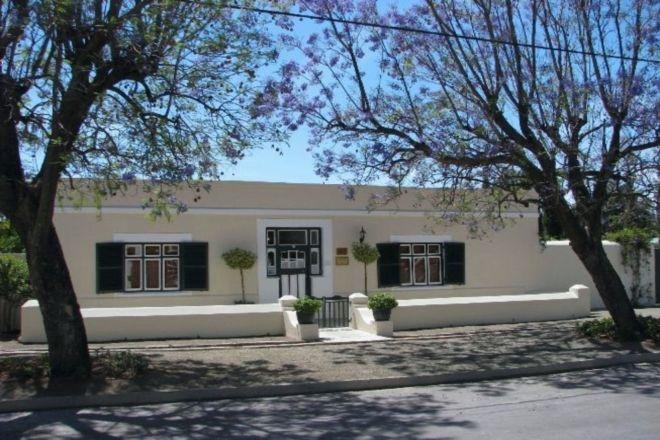 cypresscottageguesthouse_16.jpg