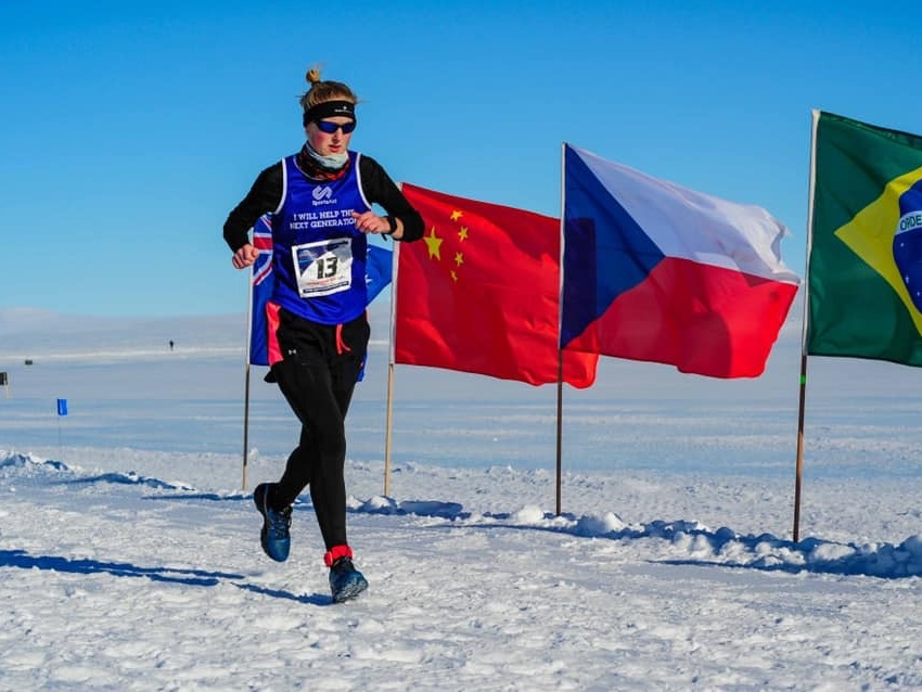 About SUSANNAH - In February 2019 Susannah became the World Marathon Challenge World Record Holder by running 7 marathons in 7 days on 7 continents.